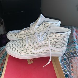 Vans sneakers NWOT new with out tags